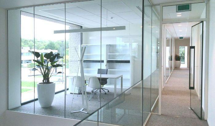 Các sản phẩm vách ngăn nhôm kính tại ADV Construction có giá vô cùng tốt