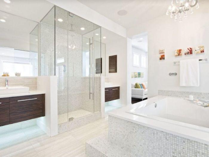Mẫu phòng tắm kính trong phòng ngủ đứng có thiết kế độc lạ