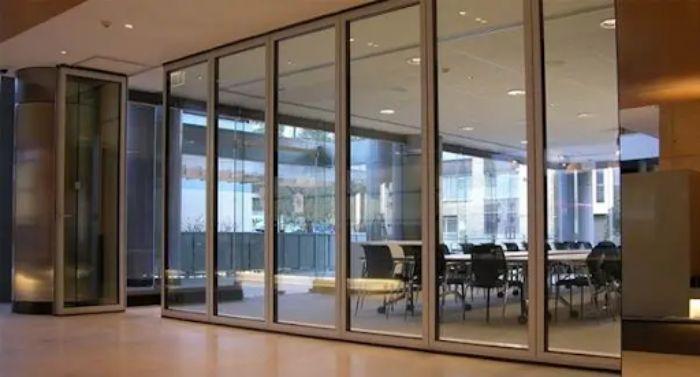 Mô hình ứng dụng cửa nhôm 4 cánh Xingfa làm vách ngăn