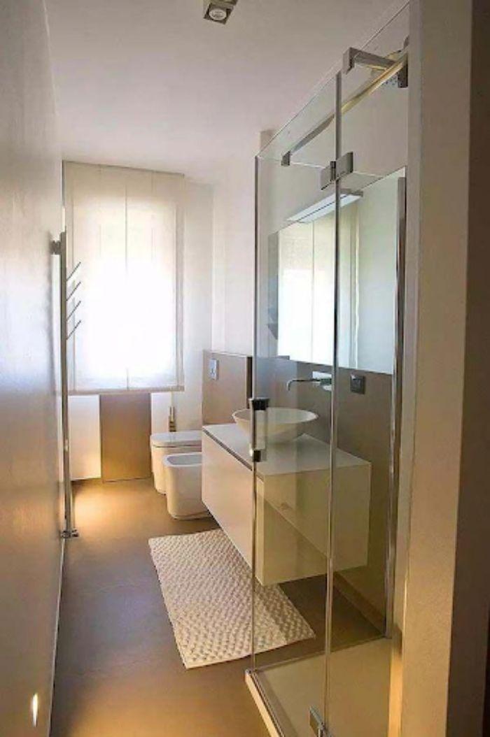 Vách ngăn nhà tắm sang trọng bằng nhôm Xingfa hệ 65 kết hợp với kính