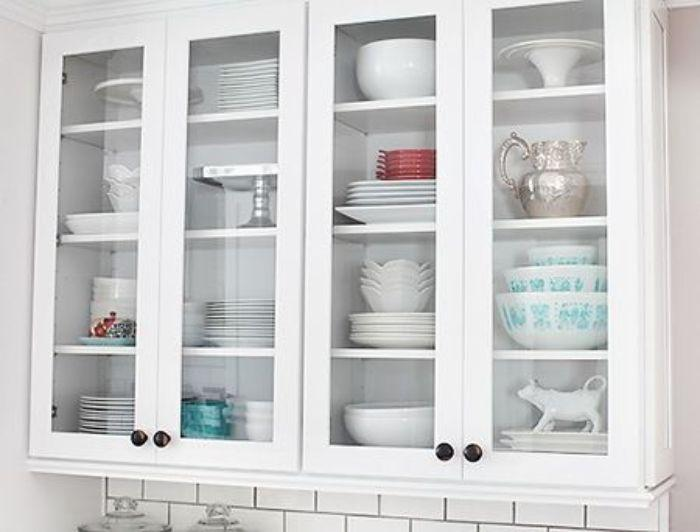 Tủ đựng chén giúp các vật dụng bếp được sắp xếp ngăn nắp, khoa học