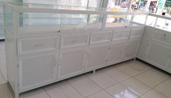 Mẫu tủ nằm ngang sắp xếp theo chữ L