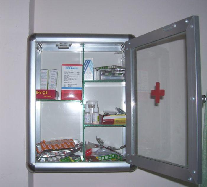 Tủ thuốc mini tiện lợi, nhỏ gọn cho gia đình