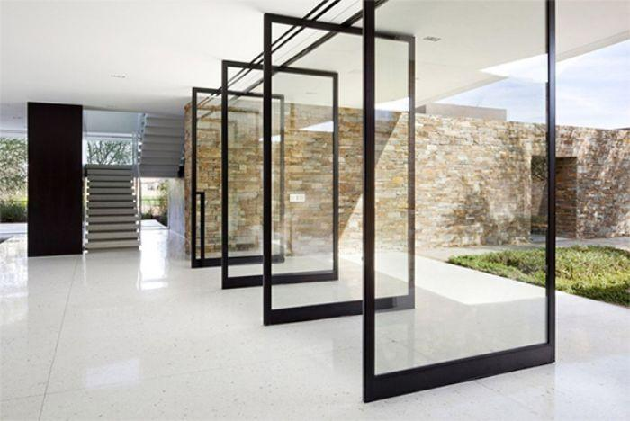 Những tác nhân tự nhiên cũng ảnh hưởng đến chất lượng cửa kính