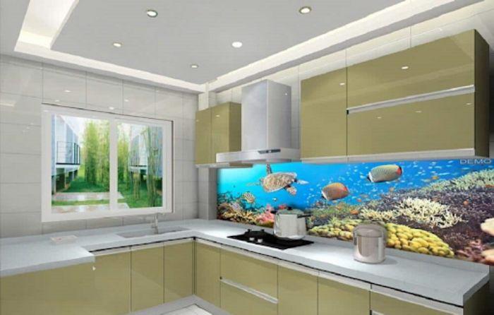 Kính ốp trong bếp hình ảnh thế giới dưới lòng đại dương