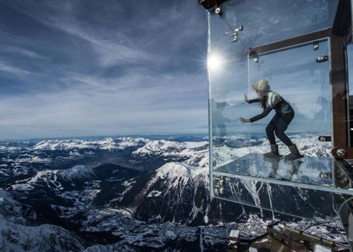Tham quan trên Cầu kính Chamonix - Pháp